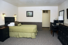 One Queen Bed at Clover Creek Inn